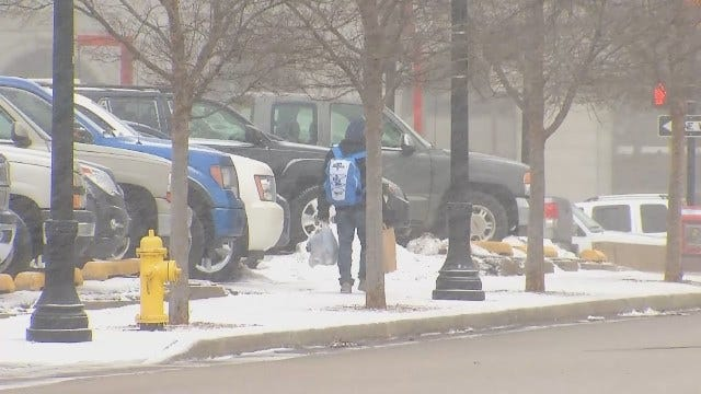 WEB EXTRA: Video Of Snow In Downtown Tulsa Monday Morning