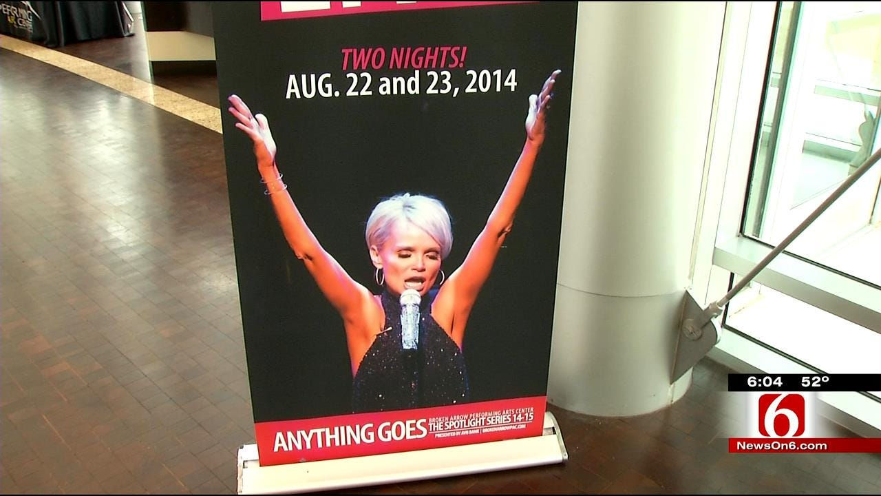 Teens Audition For Chance To Shine In Kristin Chenoweth's Broadway Camp