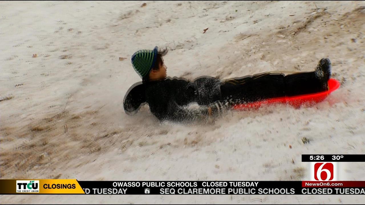 Some Green Country Kids Enjoy 'Extreme' Sledding
