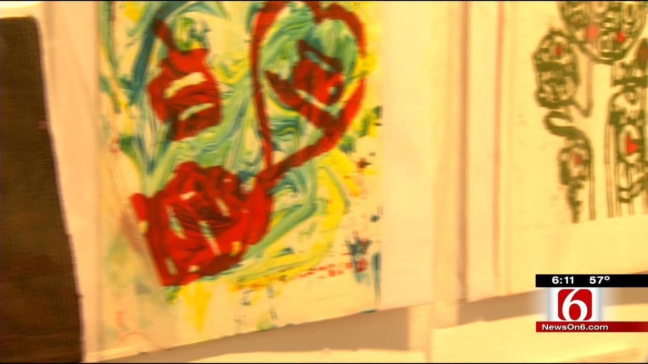 Tulsa Girls Art School Holds Valentines Day Fundraiser
