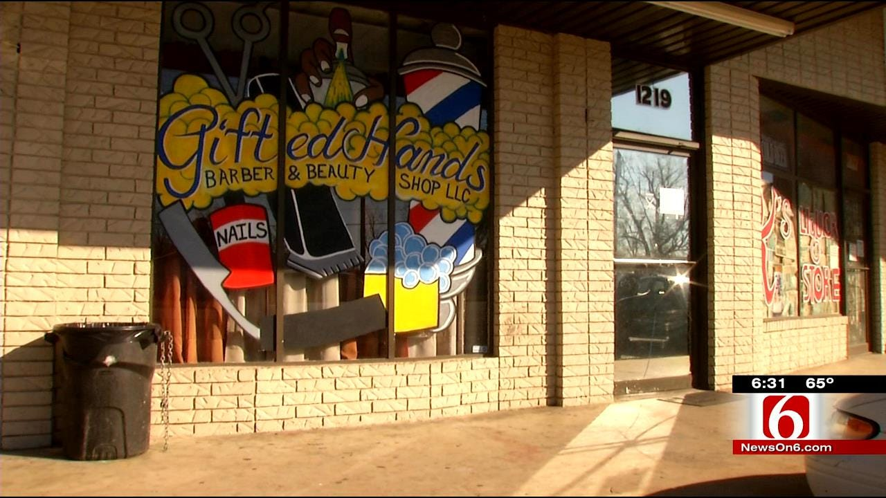 1 Dead, 3 Wounded In Tulsa Barber Shop Shooting