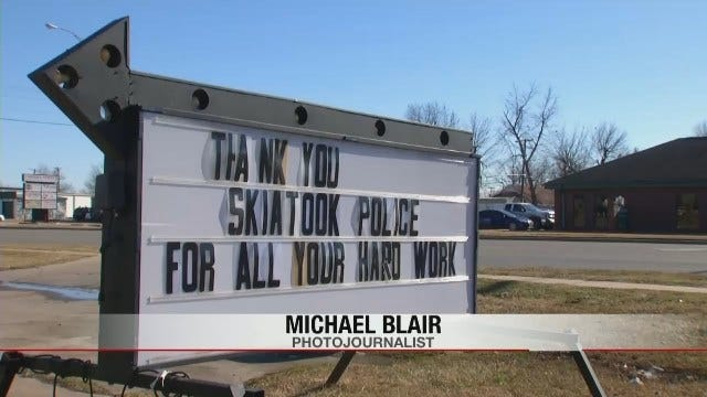 Oklahomans Turn Out To Show Appreciation For Law Enforcement Officers