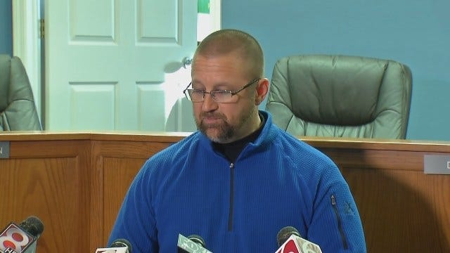 WEB EXTRA: Oologah Schools Superintendent Holds News Conference