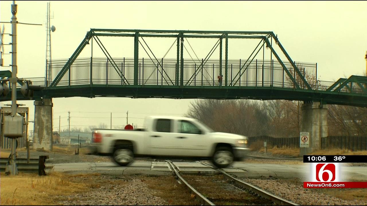 City Closes Downtown Muskogee Bridge Due To Structural Concerns