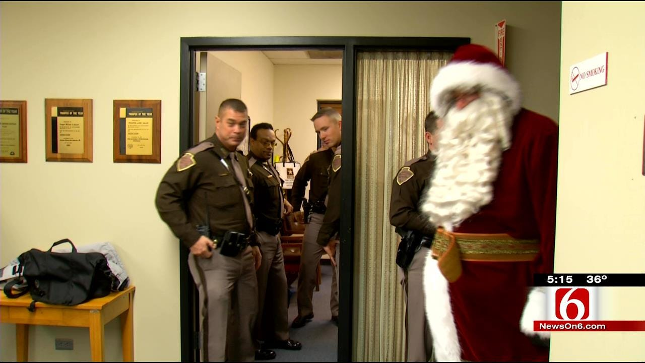 Oklahoma Troopers Deliver Teddy Bears To Kids Hospitalized Over Holidays