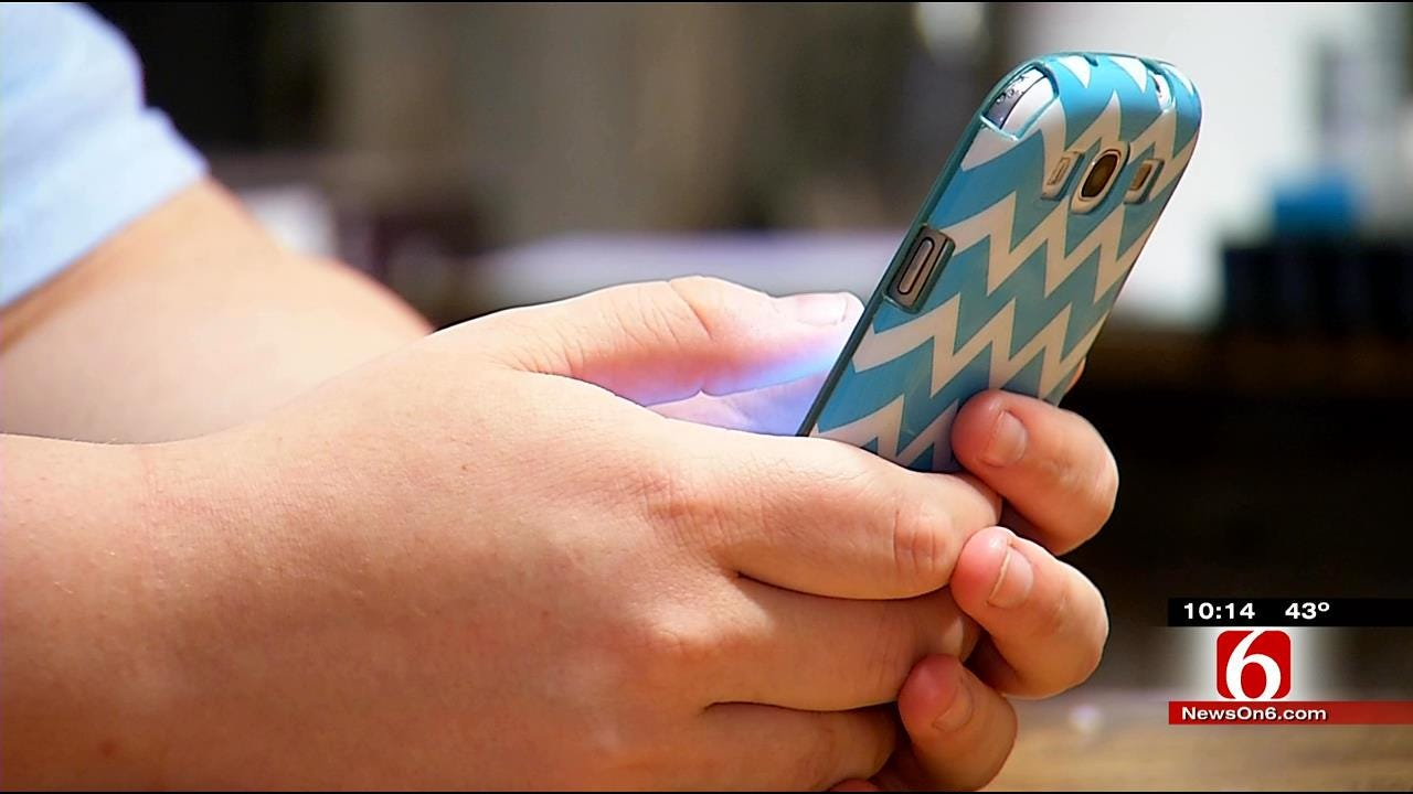 New Study Reveals Shocking Trends For Teens On Social Media