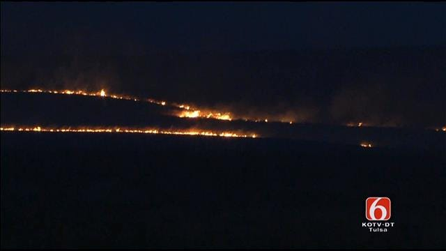 WEB EXTRA: Video Of Grass Fire At Highway 75 And Highway 20