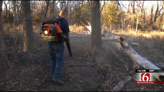 Firefighters Use Leaf Blower To Fight Henryetta Grass Fire