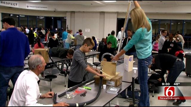 Student Engineers Turn Union Cafeteria Into Amusement Park