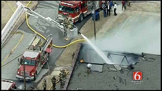 Osage SkyNews 6: Tulsa Fire Department Fights Downtown Church Building Fire