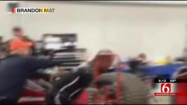 Two Racers Throw Punches Final Night Of Tulsa Chili Bowl