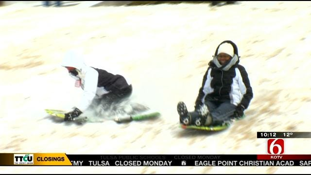 Tulsans Find Ways To Play In Snow Despite Harsh Cold