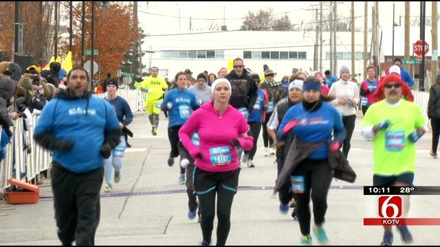 Route 66 Marathon Shows Its Fun Side Saturday