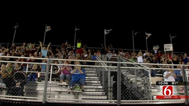 Tulsa School's Fans Cheer For The Visiting Football Team