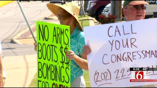 Tulsans Protest American Action In Syria