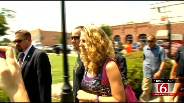 'Baby Veronica' Hearings Take Place In Oklahoma; Mediation Agreement Filed