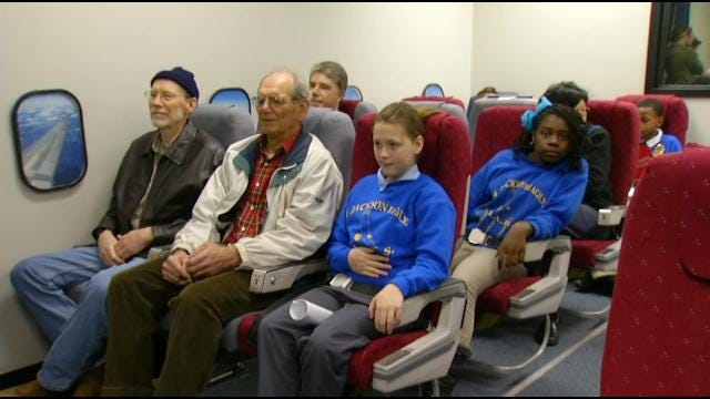 Kids Get Interactive Aviation Lesson At Tulsa International Airport