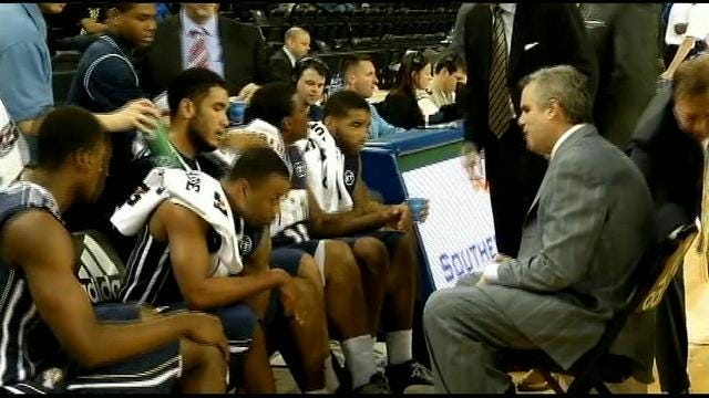 Highlights From ORU's Win Over Texas A&M-Corpus Christi