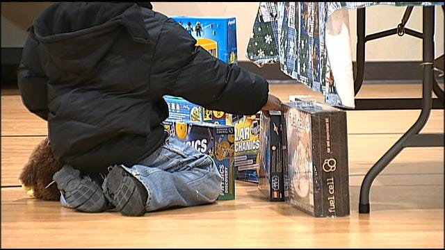 $10,000 Donation Makes Holiday Brighter For Kids In Tulsa Shelter