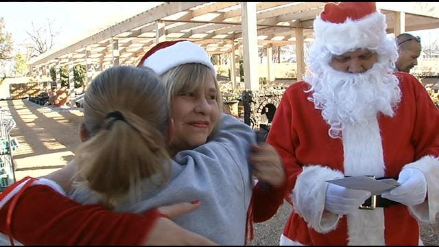 Generosity Follows Sand Springs Mother After Gifts Are Stolen