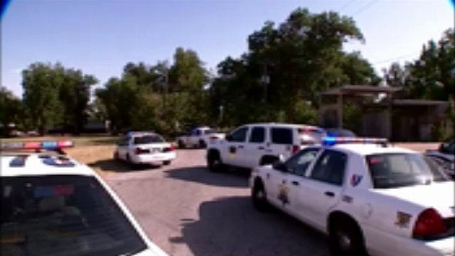 WEB EXTRA: Video From Scene Of Shot Fired At Skiatook Drug Investigation