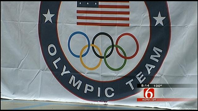 Former Olympian Demonstrates Importance Of Exercise To Tulsa Kids