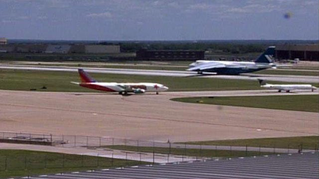 WEB EXTRA: Antonov An-124 Takes Off At Tulsa International Airport