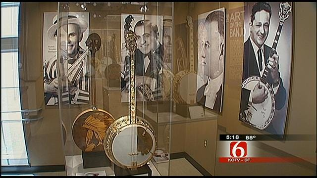 Banjo Museum In OKC Has Largest Display Of Banjos In The World