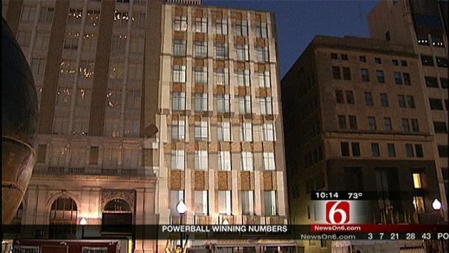 2012 Tulsa Mayfest Has 'Wonder Wall' Light Show