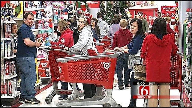 Black Friday Shopper Cash In On Deals