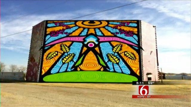 Artistic Effort Underway To Put Murals All Down Route 66 In Oklahoma
