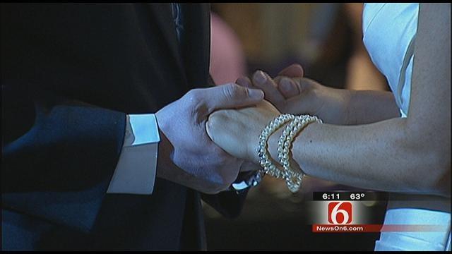 Tulsa Couple Says 'I Do' At 11 A.M. On 11/11/11