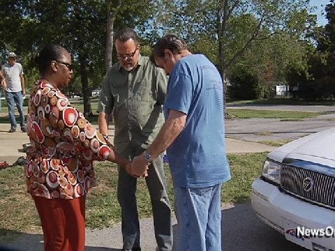 Church Car Care Clinics Fix Cars for Free Then Pray Over Them