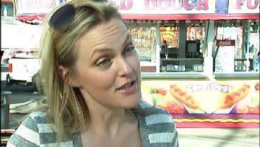 WEB EXTRA: TV Actress Elaine Hendrix Talks Animal Rescue