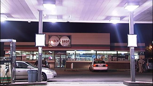 WEB EXTRA: Video From Scene Of Tulsa Convenience Store Robbery