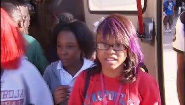 WEB EXTRA: Students Anika Crawford And Shala Dobbins Talk About The Bus Crash