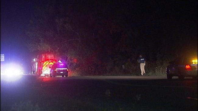 One Dead In Broken Arrow Rollover Wreck