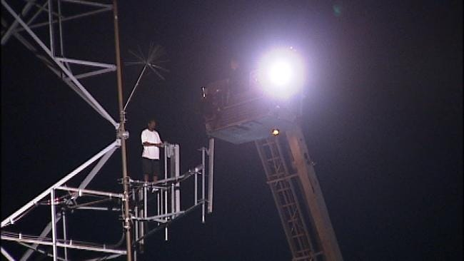 WEB EXTRA: Tulsa Man Spends Second Night On Tower
