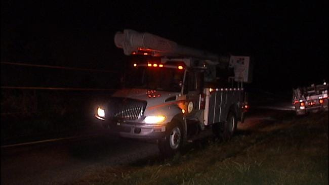 WEB EXTRA: Video Of Utility Crews In Okmulgee County Repairing Damaged Power Lines