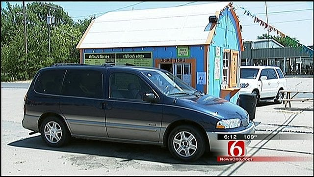'Chill Out' At Wagoner Snow Cone Stand
