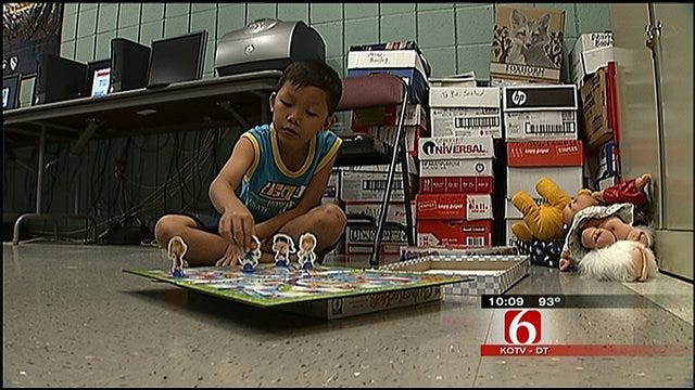 Burmese Refugees Learn New Culture In Tulsa