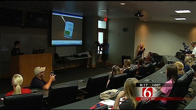 Tulsa Teens Hope To Curb Distracted Driving