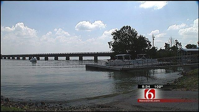 Grand Lake Struggles To Bounce Back From Algae Scare