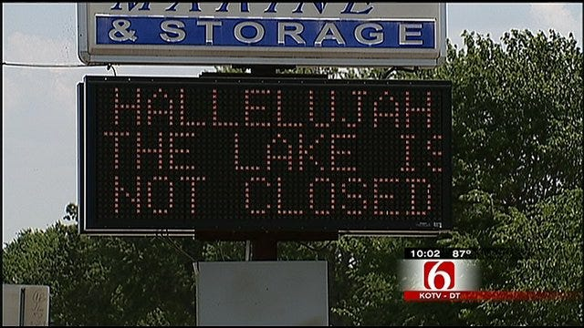 Grand Lake Visitors Make The Best Out Of A Bad Situation