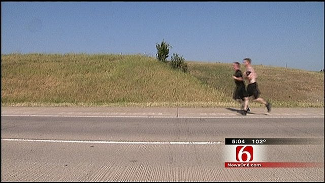 Former Oklahoma Marine Overcomes Injury To Run For The Troops