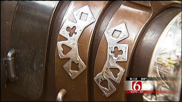 Florida Saddle Maker Sets Up Shop In Tulsa For The Summer