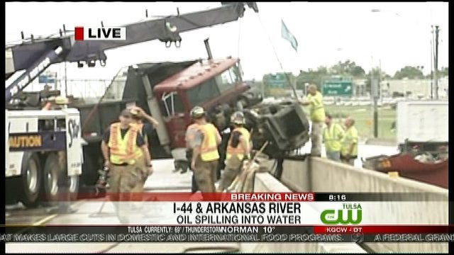 Dump Truck Crash On I-44 Arkansas River Bridge Slows Traffic
