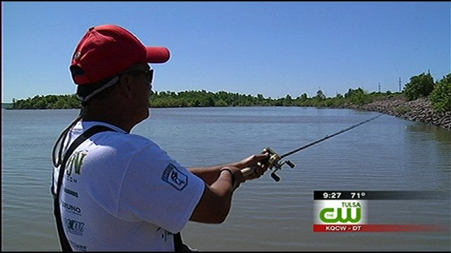 Green Country Pros Help Disabled Vets Reel In Perfect Catch At Fishing Tournament