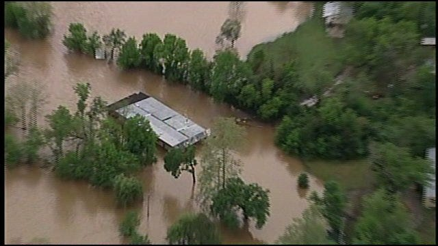 SkyNews6: Illinois River Flooding In Cherokee County