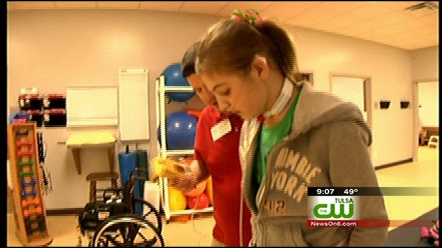 Vinita Girl Welcomed Home After Being Released From Hospital